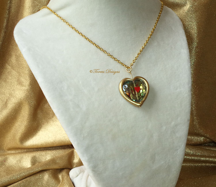 Princess Zelda Jewelry: Heart Piece Container Glass Pendant Necklace Twilight